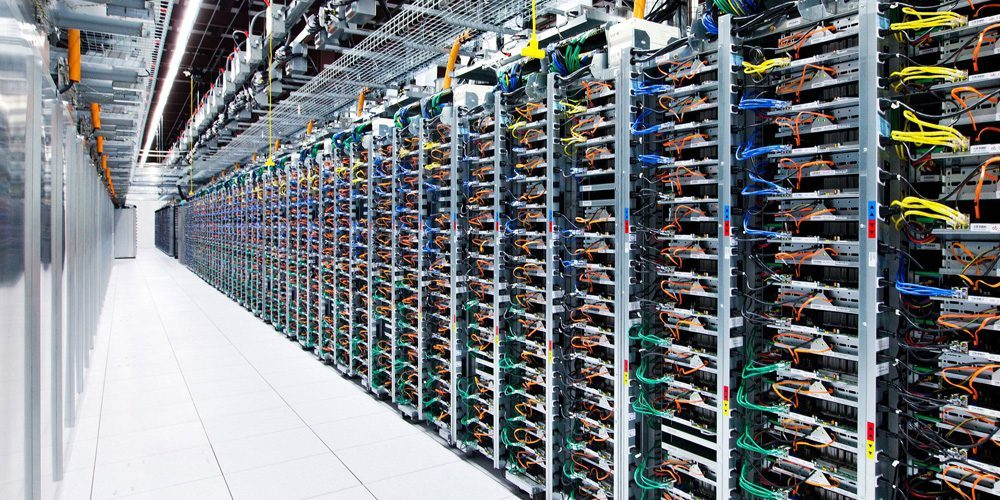 Evolution-of-data-centers-a-look-at-how-data-centers-have-evolved-over-the-past-50-years-6